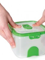 Pac n' Vac no-fuss vacuum food storage without bags or suction gadgets